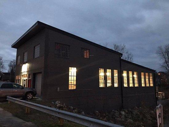 Wheelersburg, Ohio: Our building at dawn