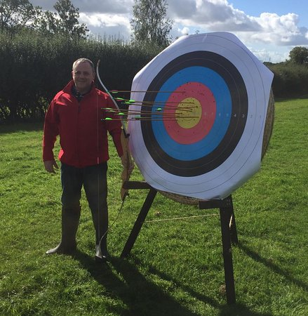 Bromham, UK: Archery lesson