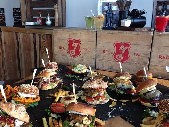 Artesanato Util Para O Lar ~ Most Wanted Burger, Hamburg Restaurant Reviews, Photos