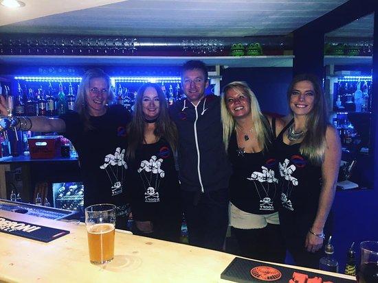 The Underground Bar Tignes Le Lac : Friendly and fun staff