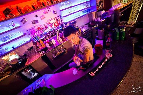 Casa Milazzo, Italia: Il barman