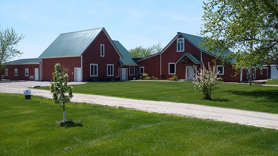 Keota, IA: Winery & Event Center with a Tasting Room