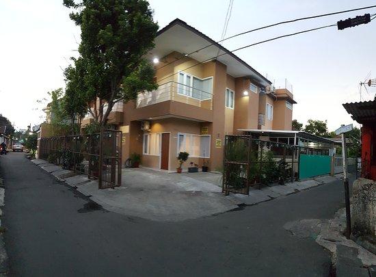 Jaksa Guest House
