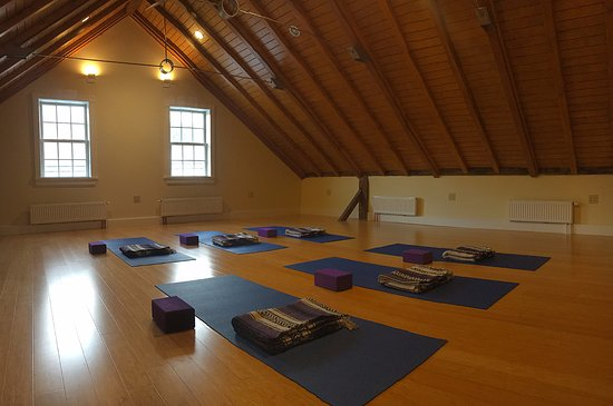 Go With The Flow - Yoga Studio - Ludlow, VT