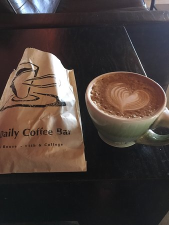 Daily Coffee Bar: Delicious scone and a latte