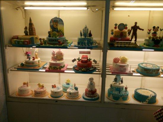 Beberapa Contoh Kue Ulang Tahun Picture Of Capital Bakery Cake