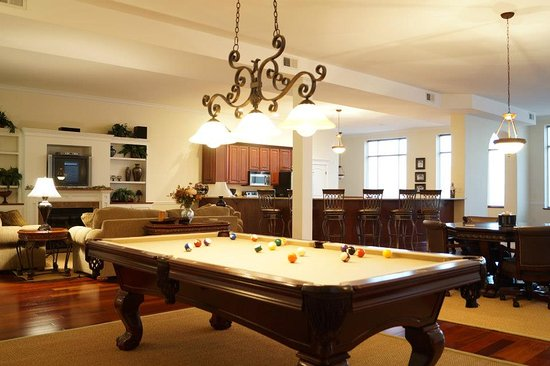 Defiance, OH: Challenge your travel companions to a game of pool.