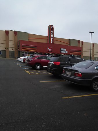 Cinemark Movies 14