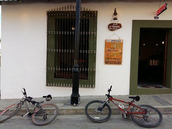 La Tinajita Cafe