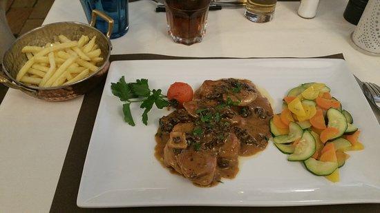 Buchillon, Suisse : Plats délicieux service sympathique nous y retournerons sûrement.