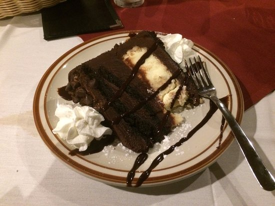 Callahan's Seafood Bar & Grill: One of the great dessert choices.