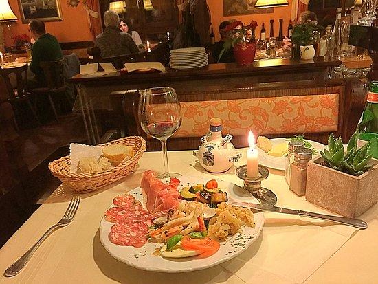 Burstadt, เยอรมนี: Antipasti Italiano. Good choice.