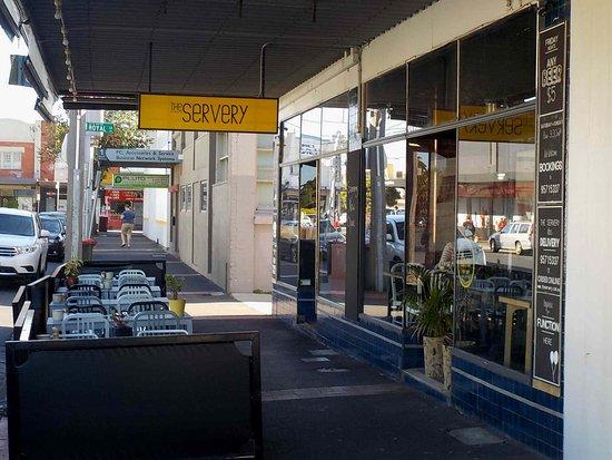Glen Huntly, Australia: Exterior dining area