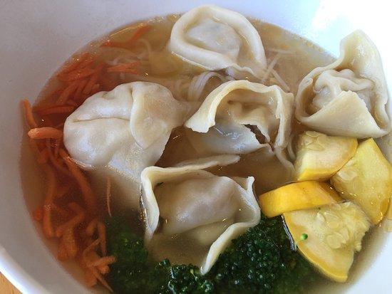 Edwards, Κολοράντο: Wonton Noodle