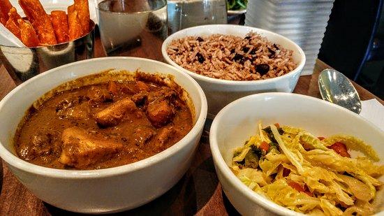 Island Flavas Restaurant