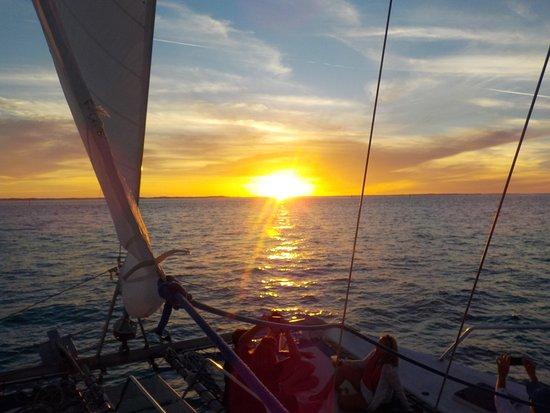 Seven Stars Resort & Spa: Sunset Sail
