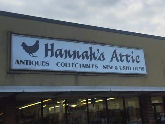 Wytheville, VA: Hannah's Attic on Main Street