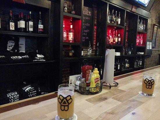 Biddeford, ME: Beers at Cow Bell