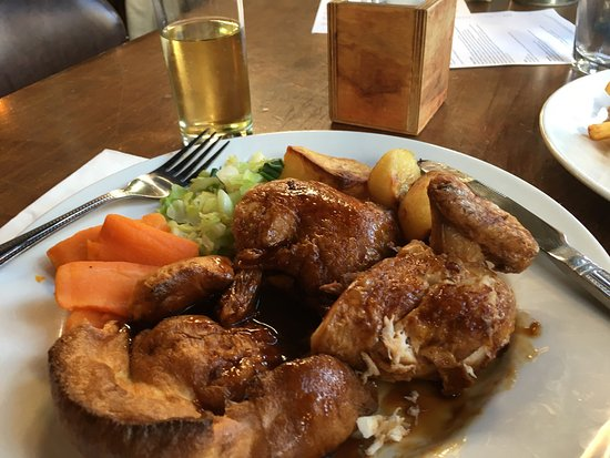 The Builders Arms Kensington: Shropshire chicken