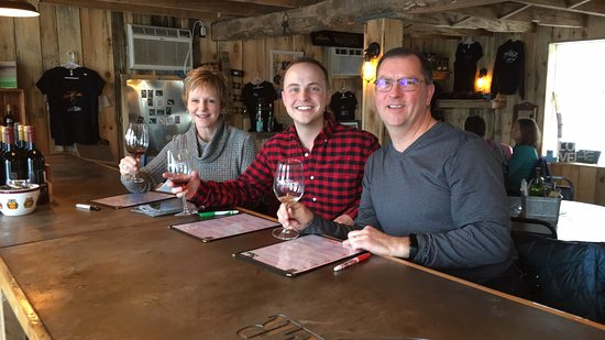 New Prague, MN: Had a fun afternoon at Next Chapter Winery