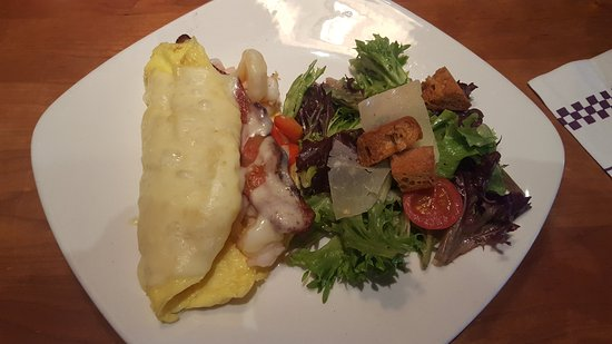 Leawood, KS: Bacon and shrimp omelet (change out home fries for a salad)