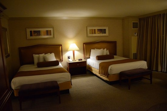 Great View and Spacious Rooms