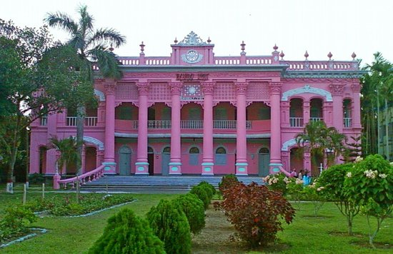 Tangail, Bangladesh: Pink mansion