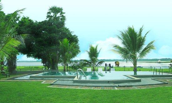 Thidas Arana Lake