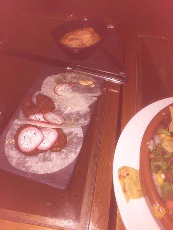 Tacos de camaron en tortilla de jicama