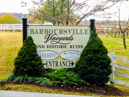 Barboursville, VA: entrance