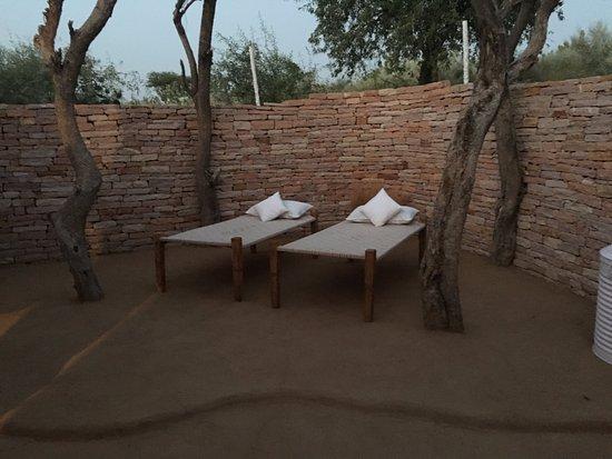 Samsara Luxury Resort and Camp: Open to Sky bedroom of luxury tent