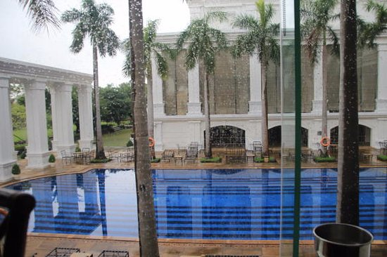 Indochine Palace: Indochine - Pool from Breakfast