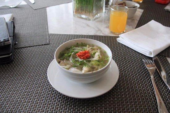 เบสเวสเทิร์นพรีเมียร์อินโดชินพาเลส: Indochine - Breakfast