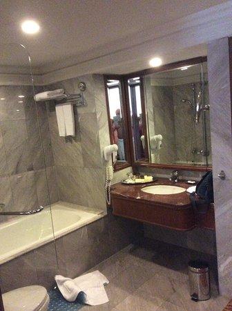 Rembrandt Hotel Bangkok Photo