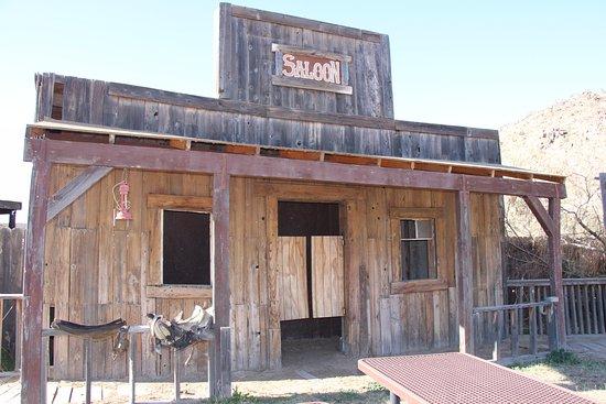 Meadview, AZ: Saloon