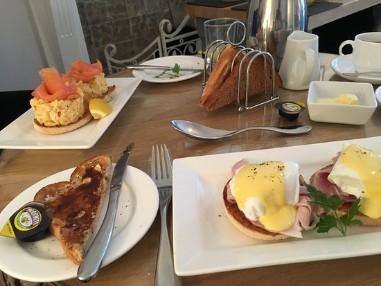 Florence House Hotel: Yum
