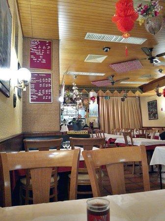 Cafe Restaurant de Cour Tai Mah