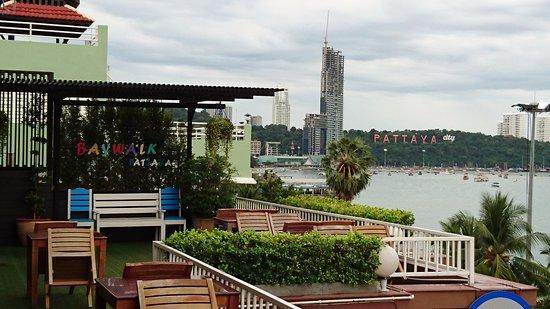 Baywalk Residence Pattaya: レストランからの眺望
