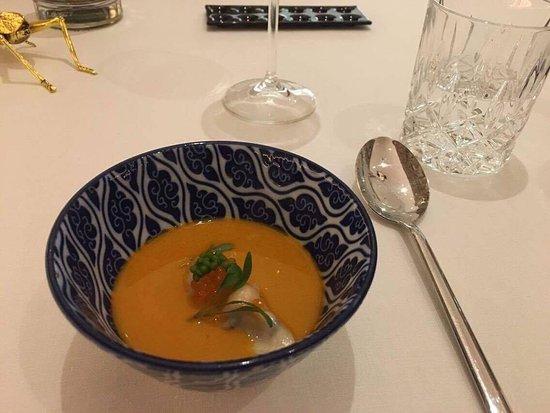 Thaisuppe med dumpling