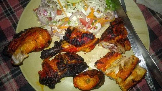 Anjuna, India: Chicken sandwich