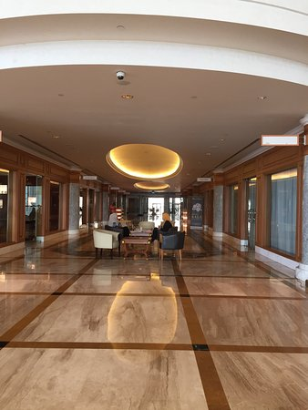 The Empire Hotel & Country Club: photo1.jpg