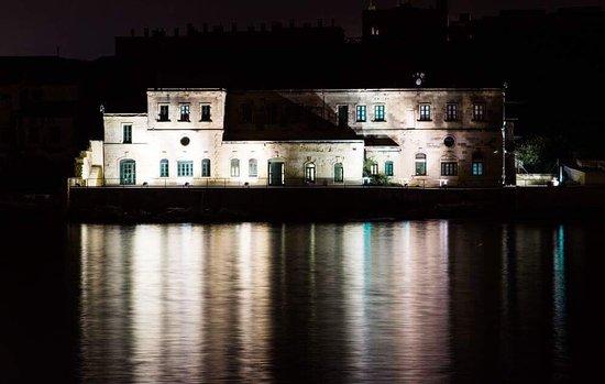 The Palace: photo1.jpg