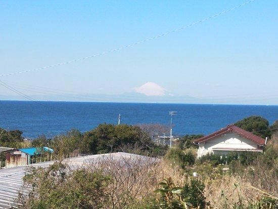 Boso Flower Line : 洲崎神社近くから富士山