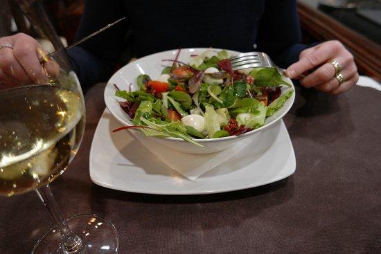 La Vita e Bella: salade