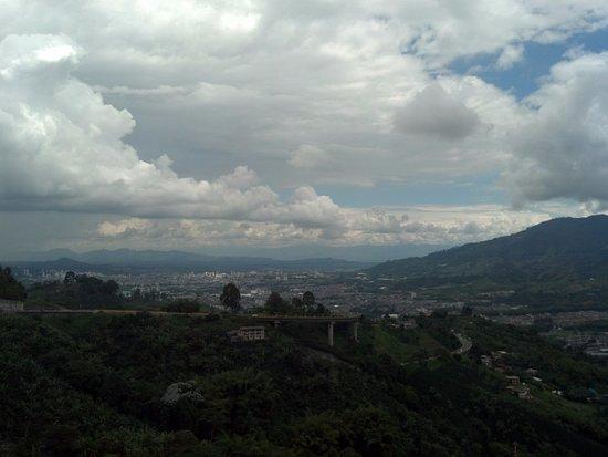 Dosquebradas, Κολομβία: Puente Helicoidal desde el mirador
