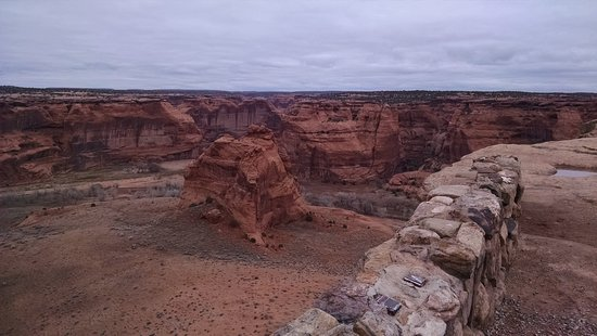 Canyon de Chelly National Monument: Spider rock and more.