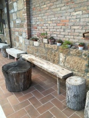 Agriturismo La Pietriccia: just a nice spot to sit before you go in for breakfast.