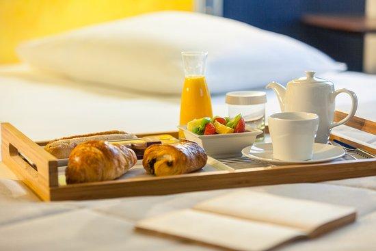 Mercure rouen centre cathedrale hotel updated 2017 - Plateau petit dejeuner ikea ...