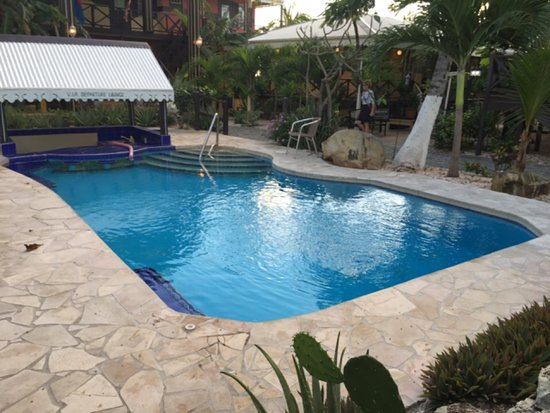 Mary's Boon Beach Resort and Spa: Garden Pool