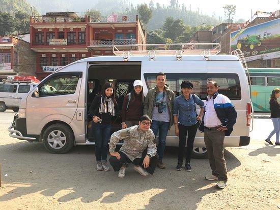 Tourist Vehicle Service